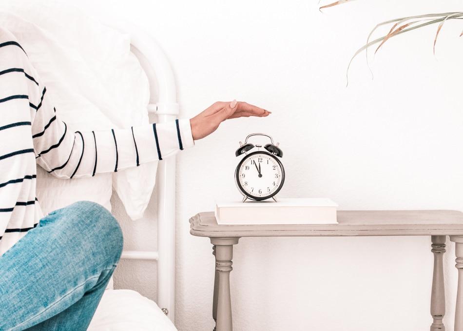 Swomolemo Blog Frühaufstehen lernen in Handumdrehen – mit diesen 9 ultimativen Tipps Morgenroutine eilig gewohnheit motivation