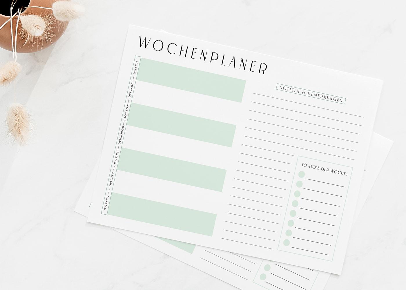 Wochenplan_Vorlage_zum_Ausdrucken_minimalistisch_minimal_Green_Swomolemo